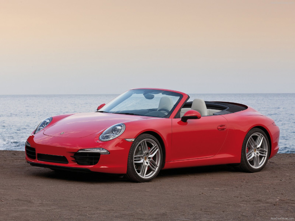 Porsche 911 Carrera Platinum Car Rental