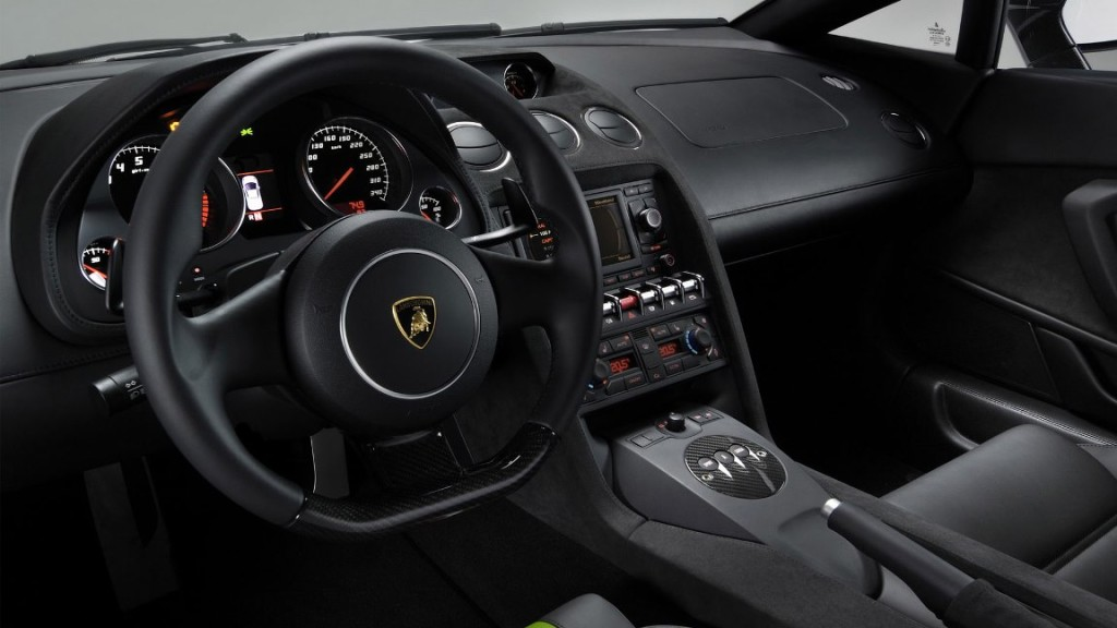 Lamborghini Gallardo at Platinum Car Rental