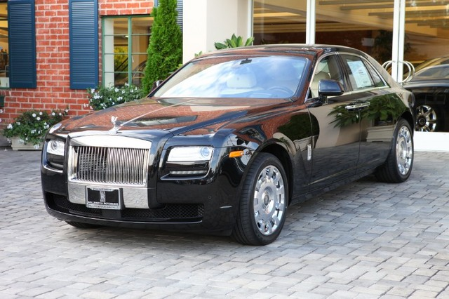 Rolls Royce Ghost Platinum Car Rental