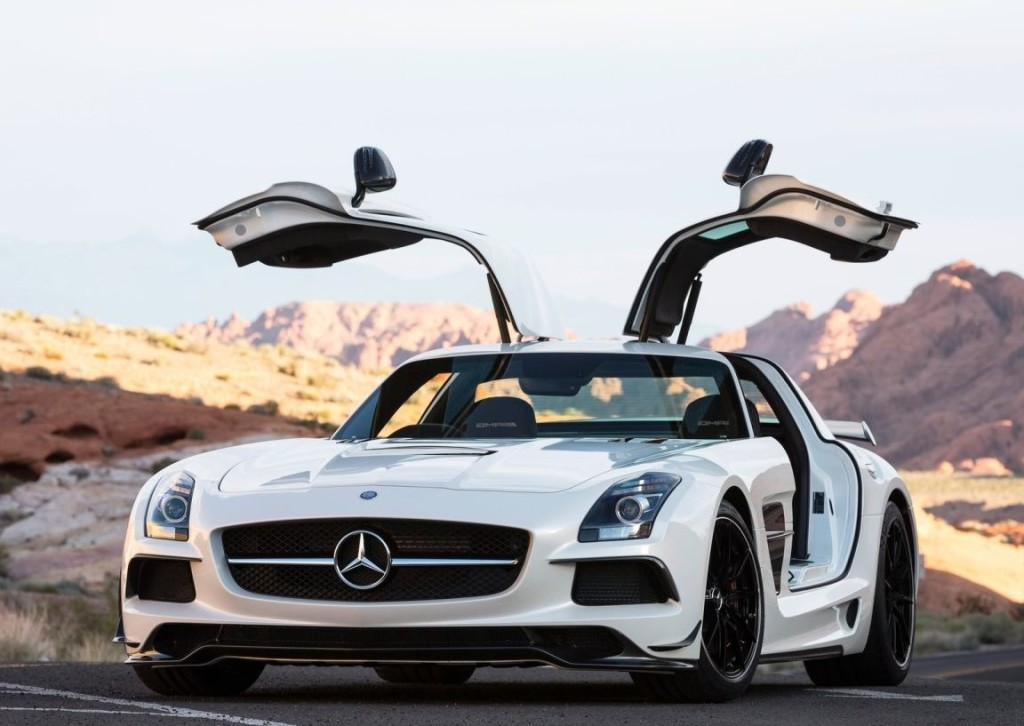 Mercedes Benz SLS Platinum Car Rental
